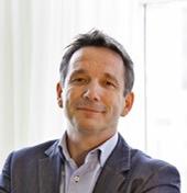Chris van den Akker, franchisenemer bij Thexton Armstrong: De diversiteit waar een MKB-ondernemer mee te maken krijgt, boeit mij!