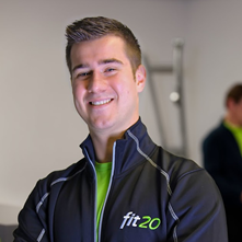 Tygo Descamps opent fit20-studio in Hengelo