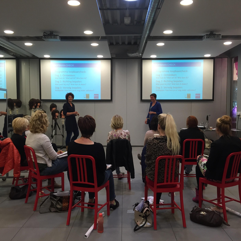 AMI Kappers organiseert driedaagse trainingen waarin personeel gestimuleerd word om hun passie voor het werk te (her)ontdekken en bewust na te denken over de toekomst.  Bron: FranchiseFormules.NL