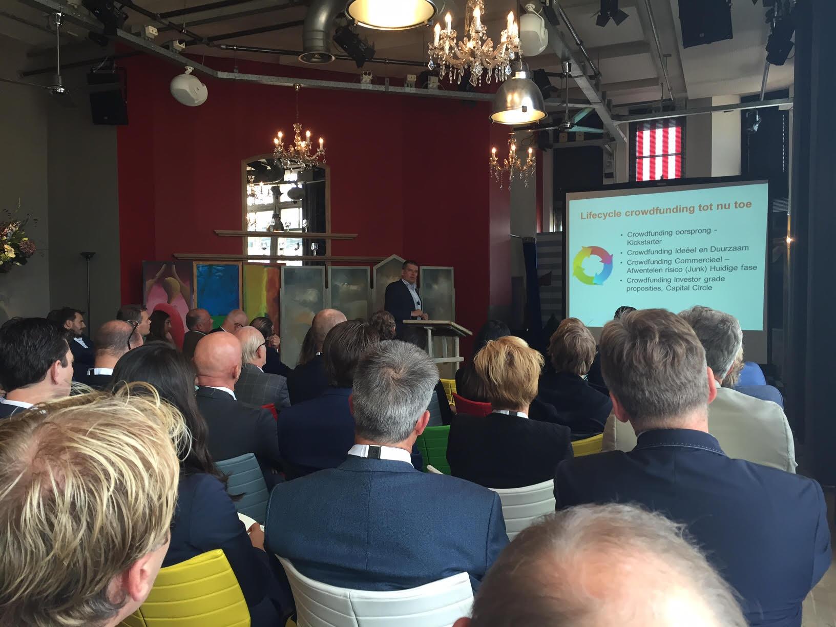 Meer dan 20 franchiseformules vertegenwoordigd door 50 deelnemers waren aanwezig op het Capital Circle franchise evenement in Hotel New York in Rotterdam. Bron: FranchiseFormules.NL