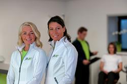 Franchisenemers voor fit20 Laren: Ursula Barendse en Diana van den Boog.