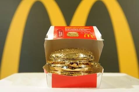 McDonald's maakt gouden Big Mac ter waarde van € 10.000,-