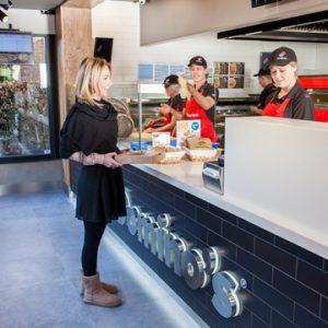 Domino's Pizza groeit hard en zet in op innovatie en duurzaamheid
