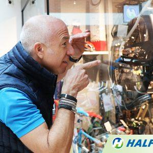 Frisse start voor HALFORDS met Tom Coronel als boegbeeld