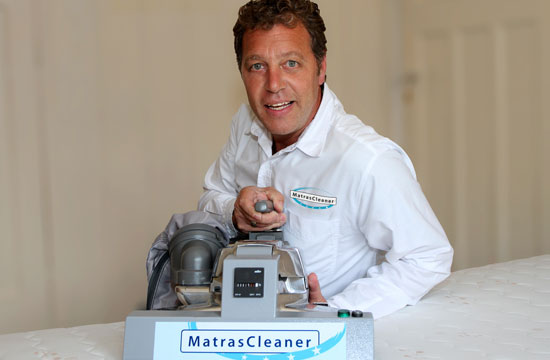 MatrasCleaner