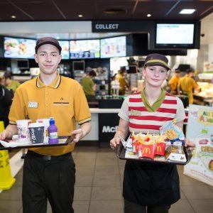 250ste McDonald's op Eindhoven Airport